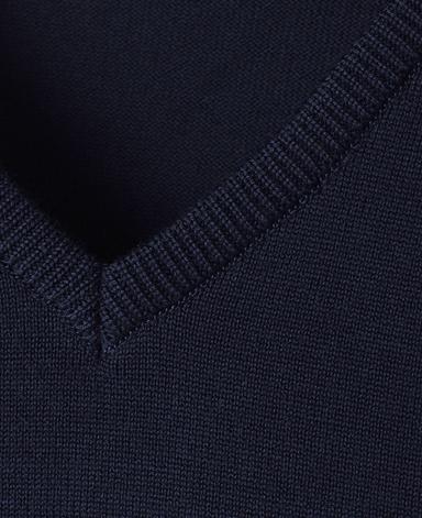 Vネックセーター(18ゲージ)/スーパーエクストラファインメリノ