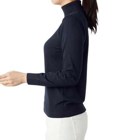 WOMEN's KNITWEAR - SWEATER