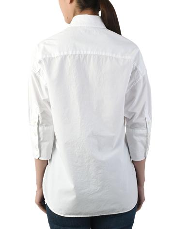 カジュアルシャツ